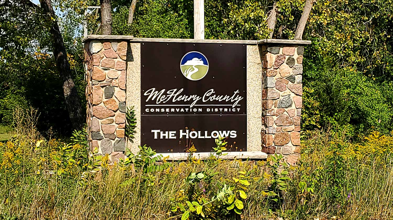 McHenry County Conservation District entrance sign for The Hollows.