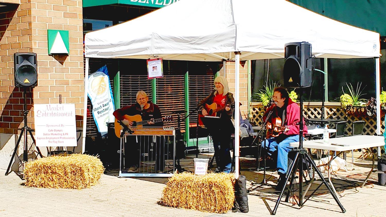Northwest Highway entertaining at Johnny Appleseed Festival.